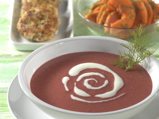 Rote Bete-Kartoffelsuppe mit Zanderfrikadellen - BCM Diät Rezepte.ch