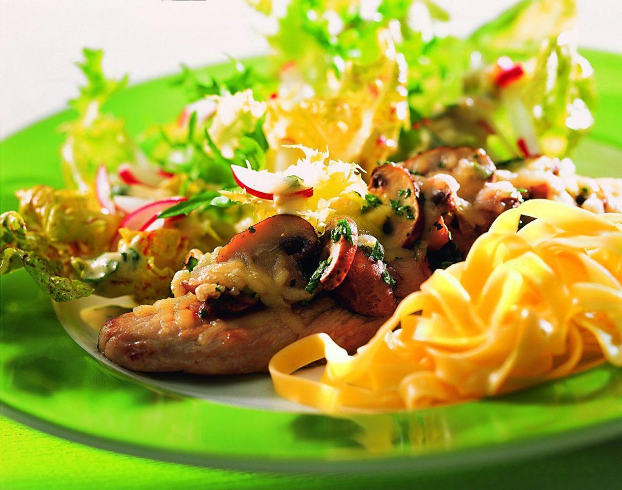 Gratinierte Champignonschnitzel - BCM Diät Rezepte.ch